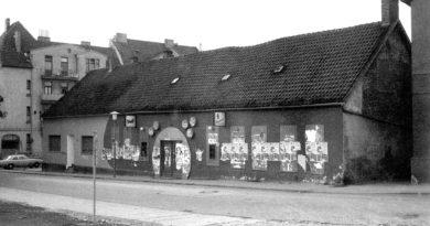 Bielefeld: Badewannen-Revival-Party