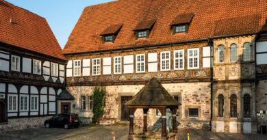 Burg Blomberg hat neuen Eigentümer – Hotelbetrieb wird fortgeführt