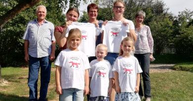 Voßheider Heimatverein beschenkt Kindergarten