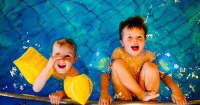 Mit Wasser-Challenge Platz im Schwimmkurs sichern
