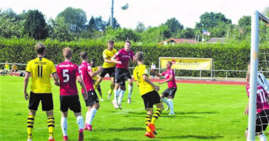 25. Juli: U19 Bundesligatestspiel auf dem Braker Walkenfeld